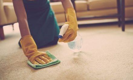 Comment retirer les tâches sur les tapis et rideaux ?